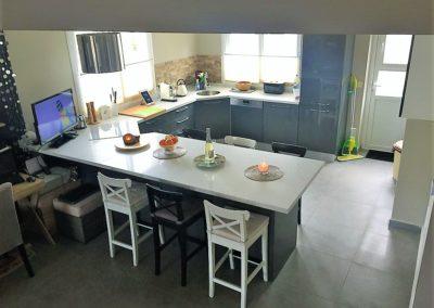 Kjøkkenøy med plass til 6 gjester